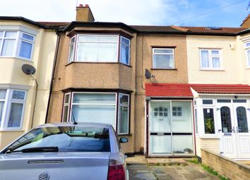 3 bed terraced house to rent in Icknield Drive, Ilford IG2
