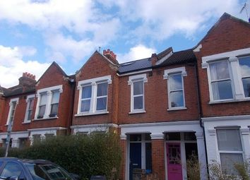 3 bed maisonette to rent in Boundary Road, Colliers Wood, London SW19