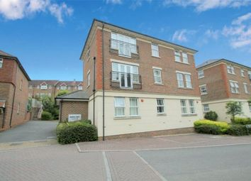 Brooklands, Haywards Heath, West Sussex RH16. 2 bed flat for sale