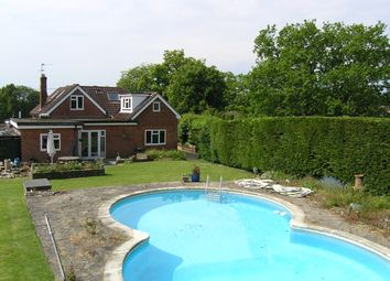 Thumbnail 5 bed link-detached house for sale in Foords Lane, Vines Cross, Heathfield, East Sussex