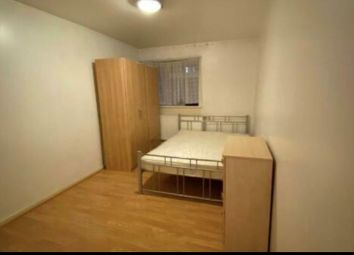 Thumbnail 2 bed flat to rent in Midsummer Avenue, Hounslow, Greater London