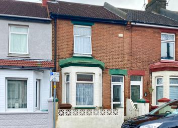 3 bed terraced house to rent in Cowper Road, Gillingham ME7