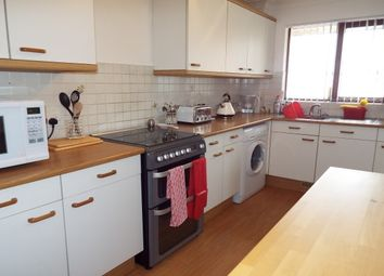 2 bed flat to rent in Wimborne Road, Poole BH15