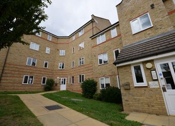 Thumbnail 1 bedroom flat for sale in Rookes Crescent, Chelmsford