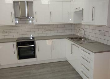 Thumbnail 2 bed flat to rent in Avenue Road, Beckenham, Kent