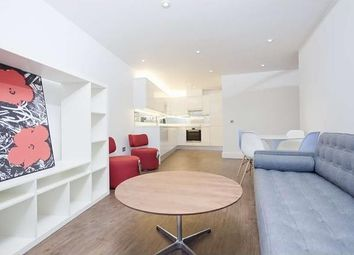 Thumbnail 3 bed flat to rent in Gauden Road, Clapham