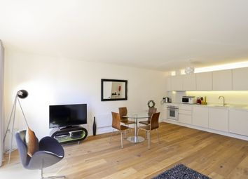 Thumbnail 2 bedroom flat to rent in Topham Street, London