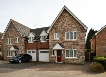 Thumbnail 4 bed detached house to rent in The Glade, Storrington