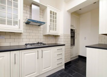 4 bed property to rent in Leithcote Gardens, Streatham Hill SW16