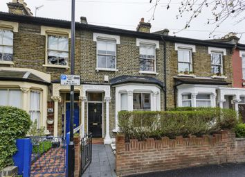 4 bed terraced house to rent in Buckland Road, Leyton, London E10