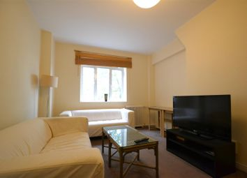 Thumbnail 4 bed flat to rent in Latymer Court, Hammersmith