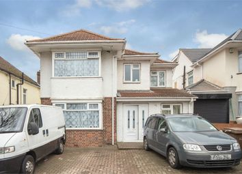 Thumbnail 7 bed detached house for sale in Halfway Avenue, Luton, Bedfordshire