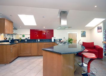 Thumbnail 3 bedroom flat for sale in Tallow Road, Brentford