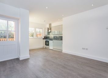 Thumbnail Flat to rent in Dartmouth Road, Mapesbury, London