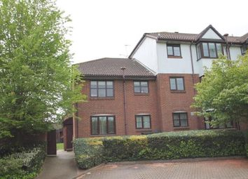 Thumbnail 2 bedroom maisonette for sale in Swallow Close, Greenhithe, Kent