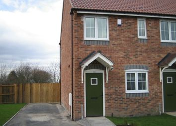 Thumbnail 2 bed town house to rent in Lindisfarne Avenue, Blackburn