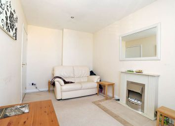 2 bed flat to rent in 58 Charles Street, St Stephens Court, Aberdeen AB25