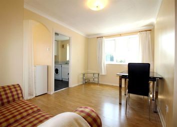 Thumbnail 1 bed flat to rent in Lowestoft Drive, Slough, Berkshire