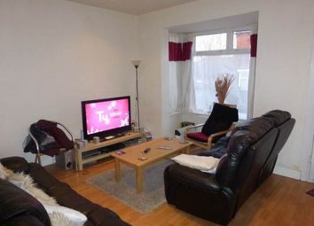 Thumbnail Room to rent in Wetherby Grove, Burley, Leeds