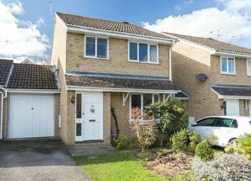 Thumbnail 3 bed detached house for sale in Popular Cul-De-Sac. Merlin Clove, Winkfield Row, Berkshire