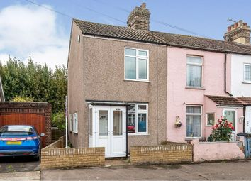 Nelson Road, South Ockendon RM15. 2 bed end terrace house