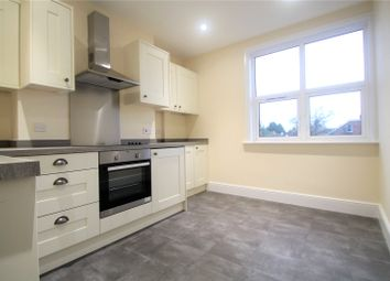 Thumbnail 2 bed flat to rent in Silverdale Road, Tunbridge Wells, Kent