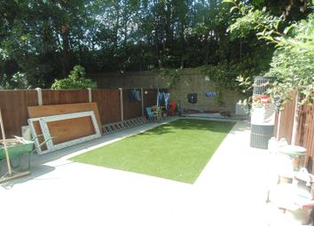 Thumbnail 4 bed flat to rent in Wightman Road, London