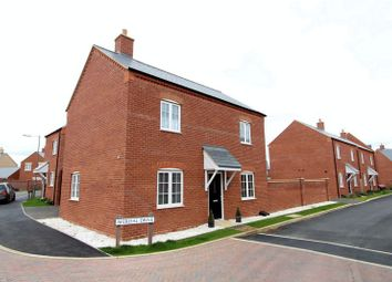 Thumbnail 3 bed detached house for sale in Averdal Drive, Aylesbury