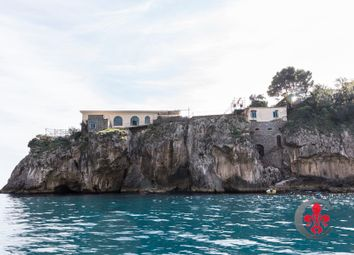 Thumbnail 8 bed villa for sale in Costiera Amalfitana - Capri, Massa Lubrense, Naples, Campania, Italy