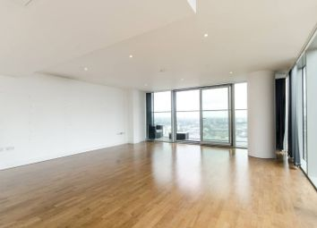 Thumbnail 3 bed flat for sale in The Landmark, Canary Wharf