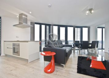 Thumbnail 3 bedroom flat to rent in Station Street, London