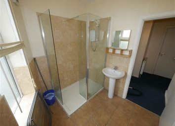 Thumbnail 2 bedroom flat to rent in Floor), Headingley, Leeds