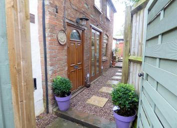 Thumbnail 1 bed cottage for sale in Broad Street, Brinklow, Rugby