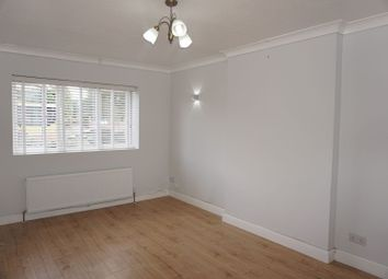 Thumbnail 2 bed maisonette to rent in London Road, Reading