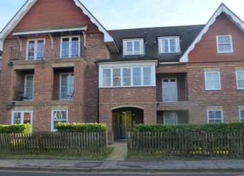Thumbnail 2 bed flat to rent in Moat Road, East Grinstead West Sussex