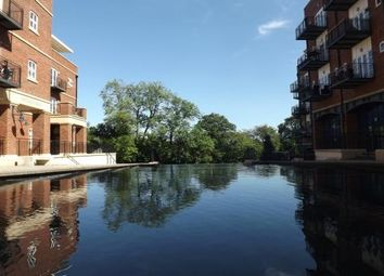 Thumbnail 2 bed flat to rent in Waterside, Solihull