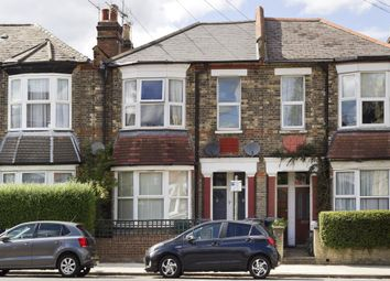 2 bed flat for sale in Kitchener Road, London N2