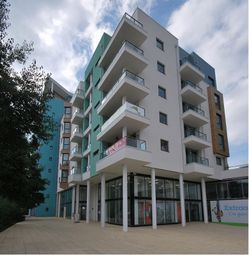 Thumbnail 2 bed flat to rent in Maritime Walk, Ocean Village, Southampton