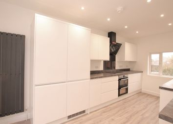 3 bed flat to rent in King Street, Cottingham HU16