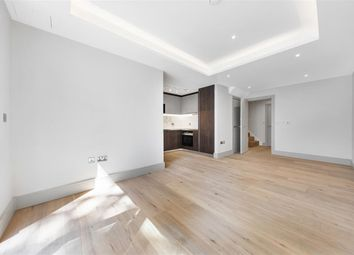 Myers Court, Elms Road SW4. 2 bed flat