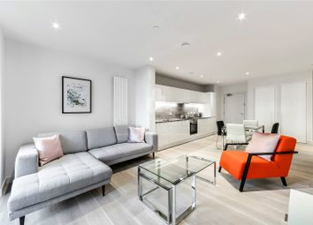 Thumbnail 1 bed flat to rent in Masthead House, 14 Rope Terrace, Royal Wharf, London