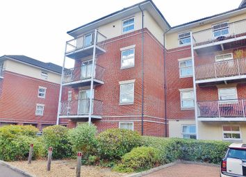 2 bed flat to rent in Rollesbrook Gardens, Southampton, Hampshire SO15