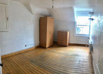 Thumbnail 1 bed flat to rent in Queen Elizabeth's Walk, Stoke Newington, Hackney