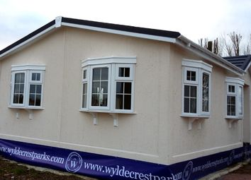 Thumbnail 2 bed mobile/park home for sale in Station Road, Deeside