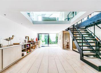 Thumbnail 2 bed property to rent in Battersea Bridge Road, London