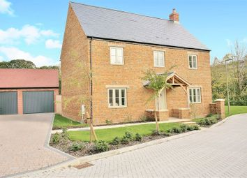 Thumbnail 4 bed detached house for sale in Noral Close, Banbury