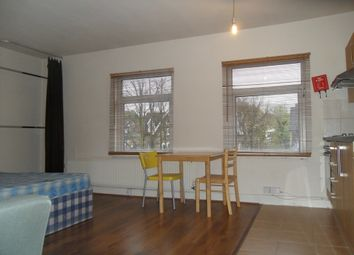 Thumbnail Room to rent in Archway Road, Highgate