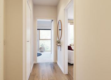 Thumbnail 2 bedroom flat for sale in Fielders Crescent, Barking