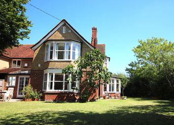 Robin Hood Lane, Winnersh, Wokingham RG41. 3 bed detached house