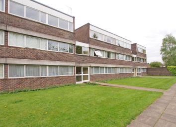 Thumbnail 2 bed flat to rent in Chessington Road, Ewell